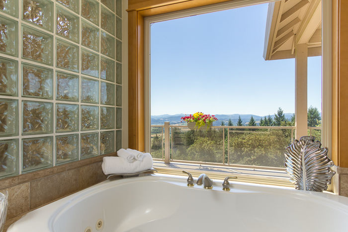 Master Bathroom/Jetted Tub with Views