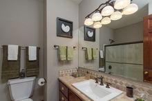 Full Bathroom on Main