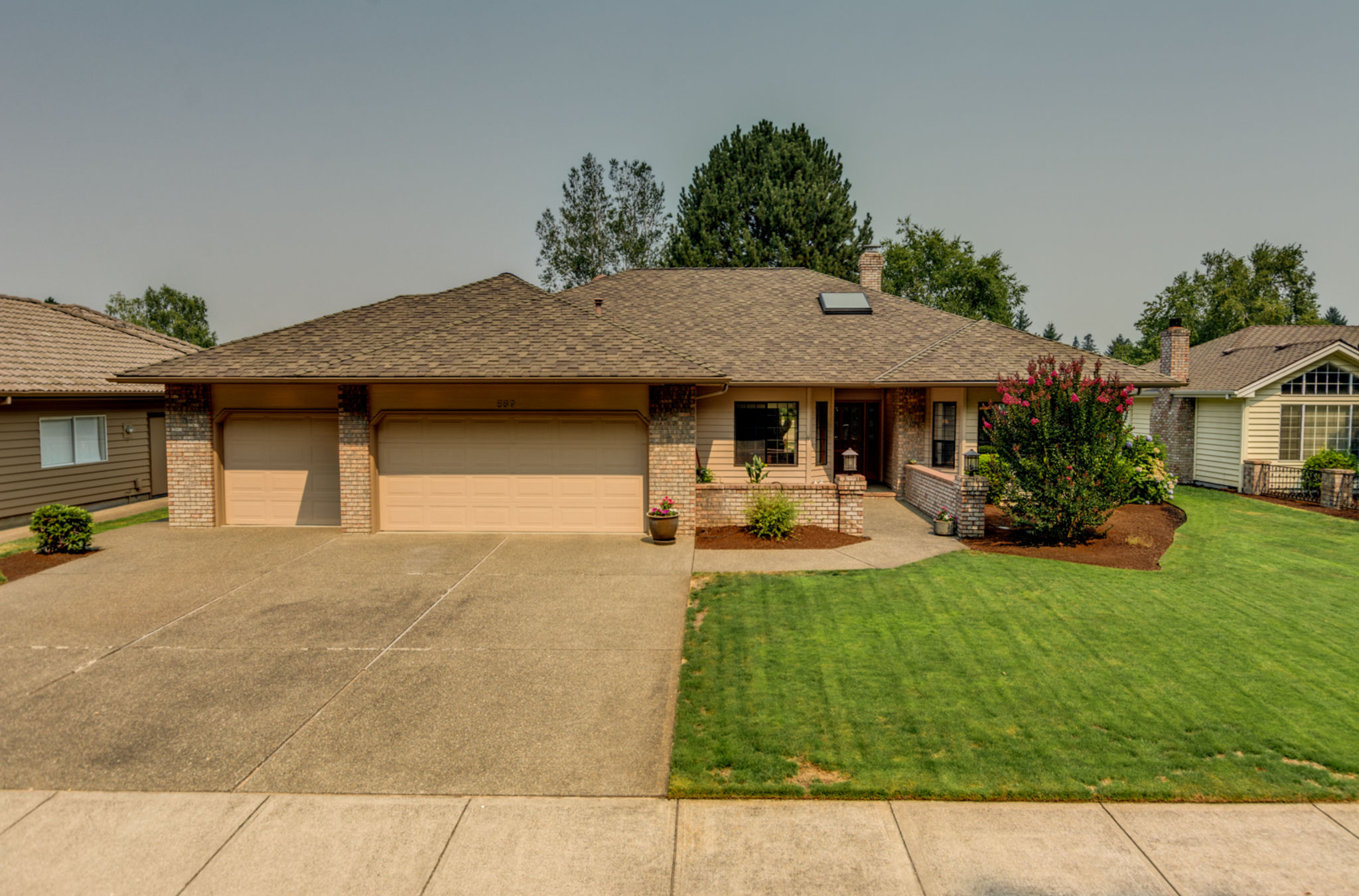 569_mcnary_estates_dr_n_1_ipad_pro