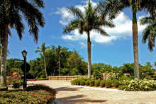 Isle_verde_entrance_1280_150_rmet_cropped_2x