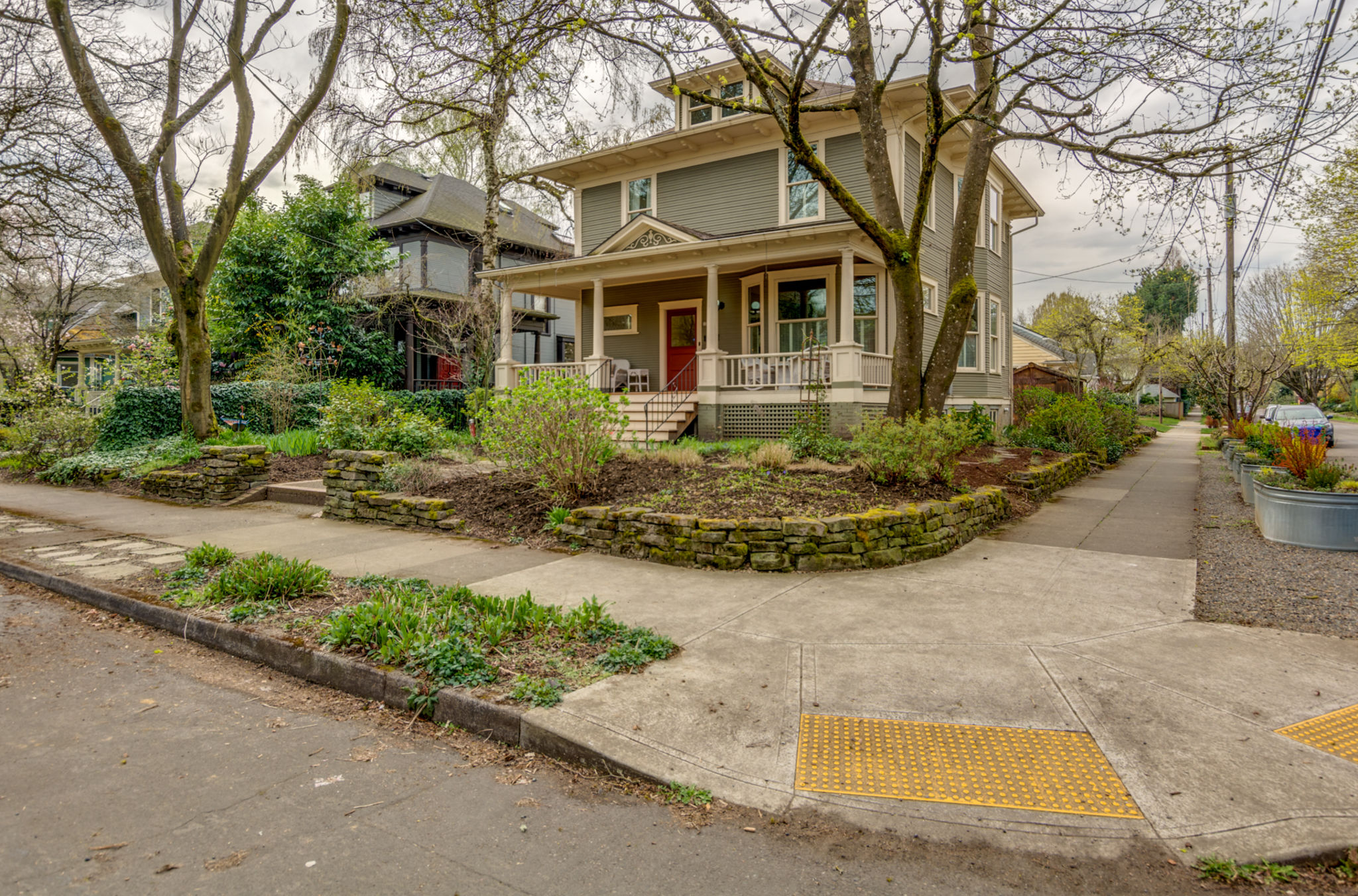 2243_ne_11th_ave__portland_15_ipad_pro