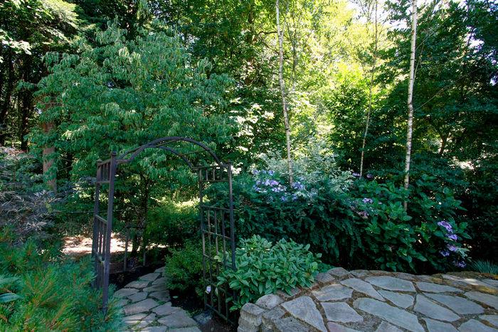 Access Tryon Creek Park via back gate