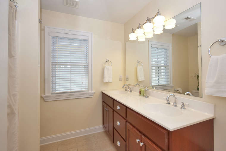 Master Bathroom Vanity Lights - Rise And Shine Bathroom Vanity Lighting Tips, Master Bath With ...