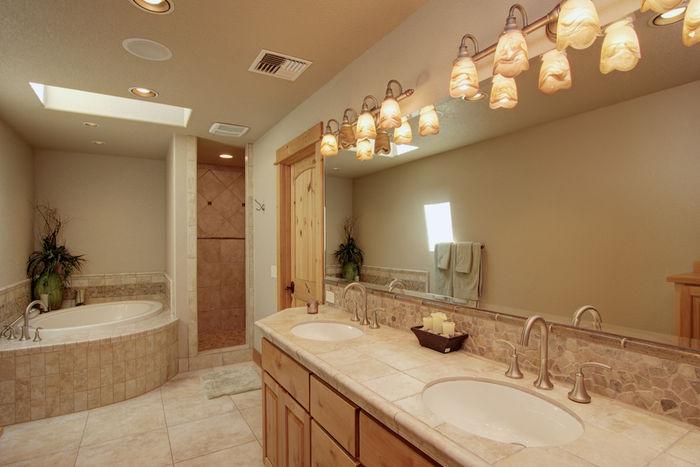 Luxury full bathroom for second suite